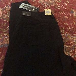 Black jegging. New with tags. Smoke free home.